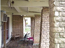 Leaning columns - Guelph Home Inspector